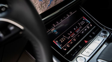 Audi Q7 SUV climate control