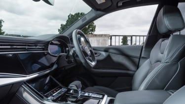 Audi Q8 S line - front seats