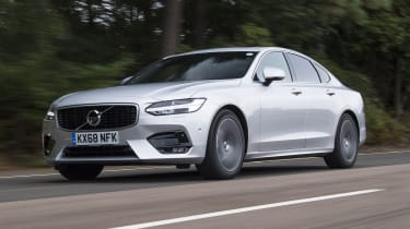 Volvo S90 - front 3/4 view