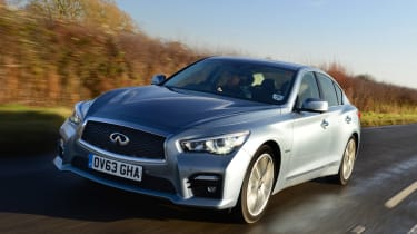 This give the Q50 Hybrid impressive performance, getting it from 0-62mph in 5.1 seconds