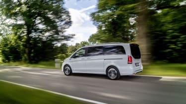 Mercedes EQV - rear 3/4 dynamic passing