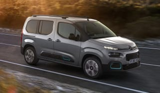 Citroen e-Berlingo driving
