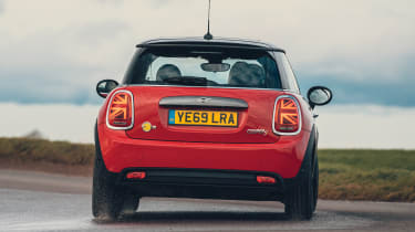 MINI Electric hatchback rear cornering