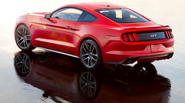 Ford Mustang coupe 2014 rear quarter static