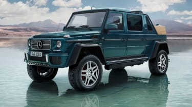 As well as a vast ground clearance, the G650 Landaulet also has three differential locks, which should make it indomitable
