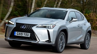 Lexus UX front tracking