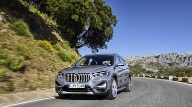 2019 BMW X1 SUV - front 3/4 dynamic