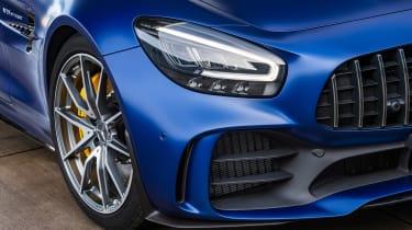 Mercedes-AMG GT R Roadster LED headlights