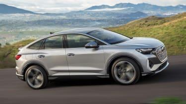 2021 Audi Q4 e-tron Sportback - dynamic passing