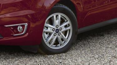 Ford Tourneo Connect MPV alloy wheel
