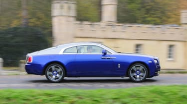 Almost any colour can be chosen for the exterior, including contrasting paintwork