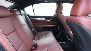 Lexus GS - rear seating