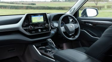Toyota Highlander SUV dashboard