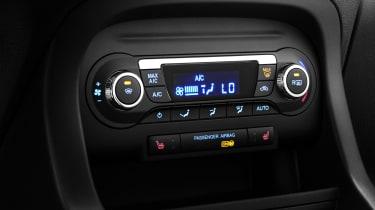 Ford Ka+ hatchback climate control