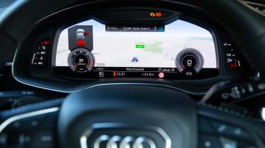 Audi Q7 SUV instruments