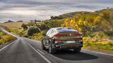 2019 BMW X6 - rear dynamic shot wide