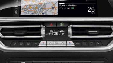 BMW 3 Series 2019 dashboard
