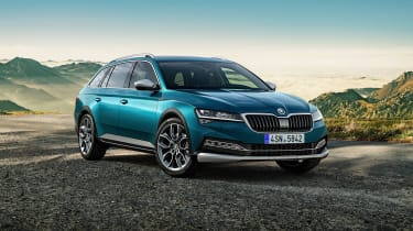 2019 Skoda Scout Superb - front view