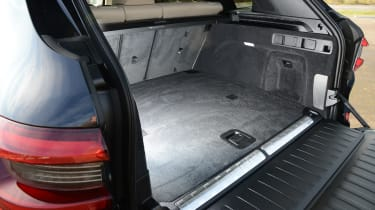 BMW X5 xDrive45e SUV boot