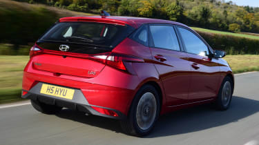 Hyundai i10 hatchback rear 3/4 tracking