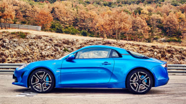 Alpine A110 coupe side static