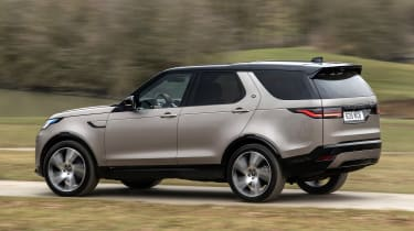 Land Rover Discovery SUV rear 3/4 panning