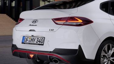 Hyundai i30 Fastback N Line - rear