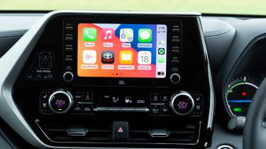 Toyota Highlander SUV infotainment system