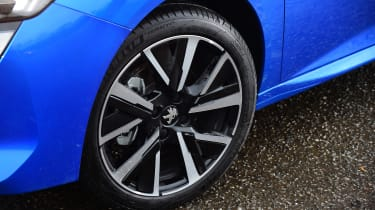 Peugeot 208 hatchback alloy wheels