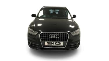 Audi Q3 2.0 TDI Quattro SE head on