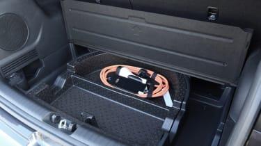 Kia e-Niro charging cable
