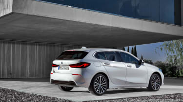 2019 BMW 1 Series rear quarter view static