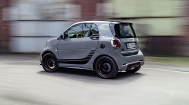 Smart EQ ForTwo driving