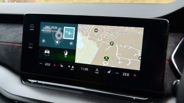 Skoda Octavia vRS hatchback infotainment display