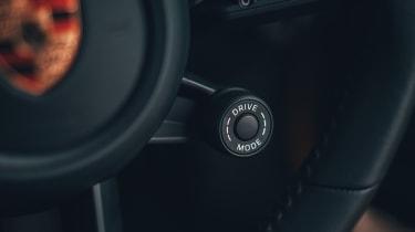 Porsche 911 coupe driving mode selector