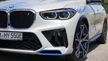 BMW iX5 Hydrogen - front details