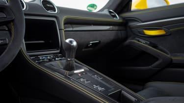 Porsche 718 Cayman coupe centre console