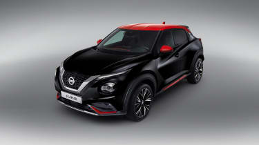 New Nissan Juke in black and red