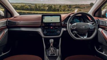 Hyundai Ioniq Hybrid review interior