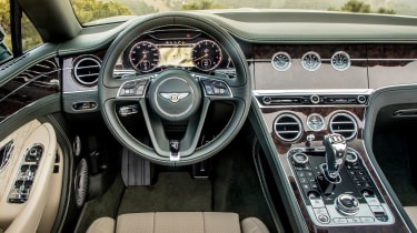 Bentley Continental GT Convertible dashboard