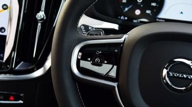 Volvo S60 saloon steering wheel