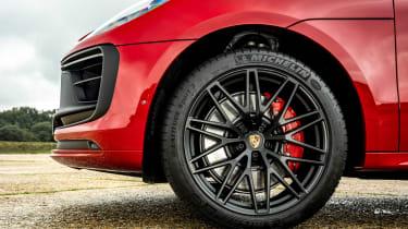 Porsche Macan SUV alloy wheels