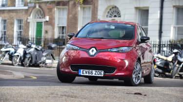 Renault ZOE - front 3/4 view