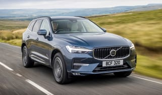 Volvo XC60 SUV front 3/4 tracking