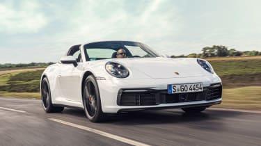 Porsche 911 Targa front 3/4 tracking