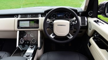 2020 Range Rover Vogue P400 - Dashboard view