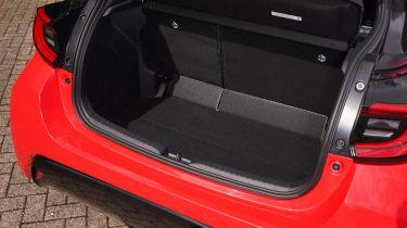 Toyota Yaris Hybrid luggage space
