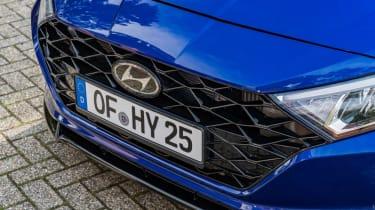 2020 Hyundai i20 prototype - front grille