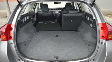 With the rear seats folded down the load space is a very impressive 1,635 litres