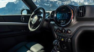 Facelifted 2020 MINI Countryman Cooper SE - interior